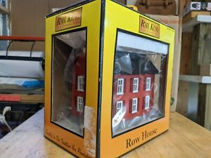 MTH RAILKING O SCALE No. 30-9076 RED ROW HOUSE  NEW IN BOX!