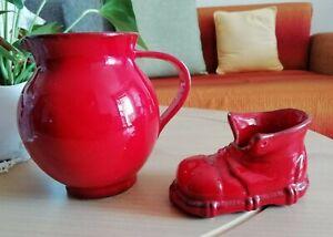 Keramik Vase, Krüg, Rot mit Schuh-Deko
