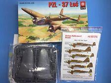 Maqueta PZL-37 Los (1/72)  PLASTYK  +  Techmod Decals Set 72121