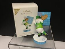 Hallmark Ornament Grand-Slam Superstar 2011Baseball