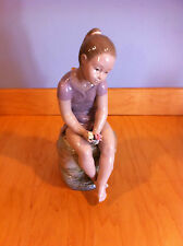 Nao by Lladro Young Brunette Girl 683 *