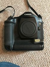 Canon EOS 1Ds Mark II 16.7MP Digital SLR Camera - Black (Body Only)
