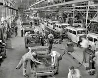 1942 CHRYSLER ASSEMBLY LINE DODGE TRUCK PLANT 8X10 PHOTO DETROIT MI AUTOMOBILIA