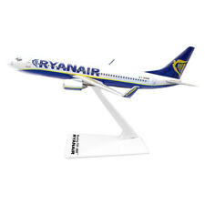 RYANAIR Boeing 737-800 Collectible Scale Model Desk Top Airplane Aircraft B737
