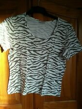T shirt taille 42-44