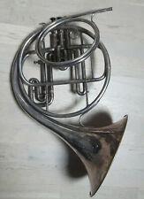 Ancien cor d'harmonie ANTOINE COURTOIS de 1932