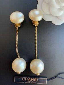 💯 Authentic Chanel Vintage Dangle Earrings With Faux Pearls