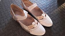Très belles chaussures / ballerines / escarpins 39