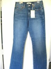 Brand New Women's Levi's Boot Cut 515 Jeans Size 8 Long