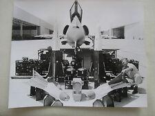 PHOTO PRESSE HUGHES AIRCRAFT MISSILE AIRBORNE SYSTEMS CONVAIR F-106 DELTA DART