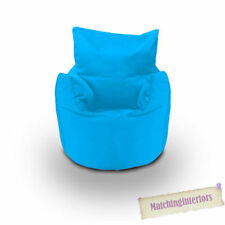 Poires et sièges gonflables bleus pour la maison