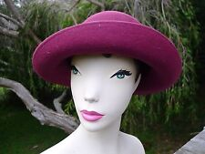 Vintage retro true 80s Bermona trend felt red hat excellent