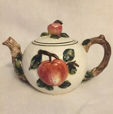 Tea Pot Pitcher Embassy Quality Products Nsp Apples Kitchen Vintage Country