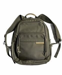 Briggs and Riley Baseline Excursion Backpack
