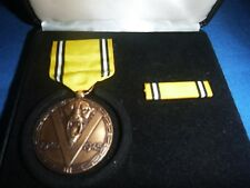 Belgium Flemish 1940-1945 WW2 commemorative medal de la Guerre in box ~ see pics