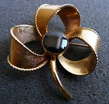 DANECRAFT--1/20 12 K GF- BEAUTIFUL GOLD FLOWER-BROOCH  W/ BLACK STONE- VNT B-12