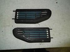 VW BUS T3 Lüftungsdüsen, Luftausströmer Türen vorn, 1 Paar, schwarz, r+l, LLE