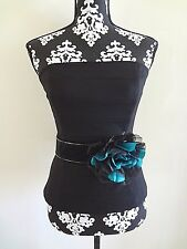 WHITE HOUSE BLACK MARKET Lotus Flower Suede Stretch Belt - Medium (8/10) - NWT