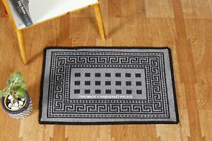 Porte Tapis Acrylique Coton Indien Handmade Gris et Noir Doux Sol Carpette