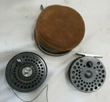 ORVIS C.F.O. III FLY FISHING REEL WITH EXTRA SPOOL AND SUEDE CASE.