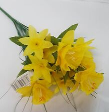 ARTIFICIAL MINI DAFFODIL BUNCH WITH GRASS 32CM LONG 7 STEMS