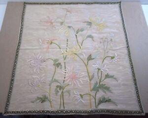 ancien rectangle de soie brodé fil de soie à la main