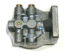 "Diesel Fuel Filter Mounting Head 3/8"" NPT 1-14 Center Threaded Spin On Mount"