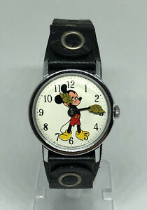 Vintage Timex Walt Disney Production Mickey Mouse Wind Up Watch Serviced