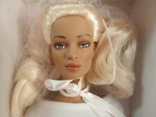 Chase Model Party Jac Tonner Doll NRFB 2006 BW Body 75 Made Platinum Blonde Hair
