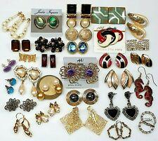 Vintage Modern 30 Pair Earrings Lot Jewelry Wearable Resale Park Lane Richelieu
