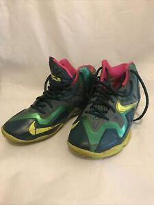 Nike LeBron 11 GS 'T-Rex' Dark Sea/ Volt-Grn/Mineral Teal 621712-300 Size 4Y