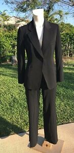 ARMANI COLLEZIONI BLACK WOOL BLEND 1 BUTTON JACKET PANT SUIT Sz 40 MADE IN ITALY