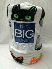 Halloween Cat Super Soft Plush Throw Blanket - The Big One - 5' x 6'