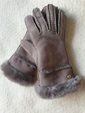 Ugg Australia Women's SEAMED TECH GLOVES SHEEPSK SUEDE GREY M- BNWT