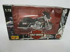 (108) Maisto 1:18 scale Harley Davidson  Motorcycle FLHT ELECTRA GLIDE STANDARD