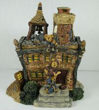 Boyds Bearly-Built Villages - Volunteer Firestation - #19007