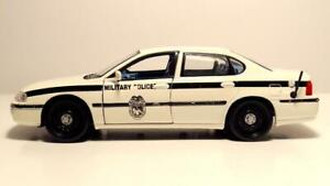 Maisto 1/24 Scale No Box 2000 Chevrolet Impala Military Police - Black White