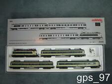 HO - Marklin 26410  Illuminated Train Set Karlsruhe w/ E-Loco 141 & 3 Cars - NIB