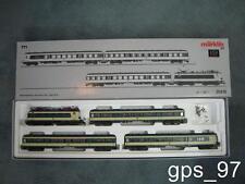 HO - Marklin 26410  Illuminated Train Set Karlsruhe w/ E-Loco 141 & 3 Cars - NIB