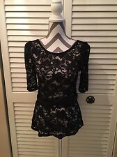 blouse White And Black, Lace , Black , Sexy Size S New No Tag, With Belt,❤️