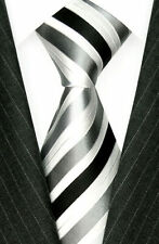 Accessoires grises pour homme, en 100% soie