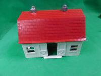 Bachmann HO Scale Plasticville Barn
