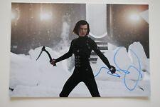 Milla Jovovich signed Resident Evil Retribution  Autogramm / Autograph IP