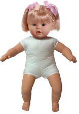 Preciosa muñeca de 62 cm para vestir (80001)