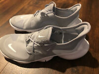 New Nike Mens Free RN 5.0 Running Athletic Shoes Size 10 Gray White