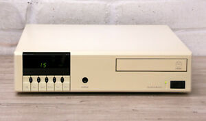 LINN Classik 230 All in one CD FM AM tuner Pre amplifier Networking Audio system