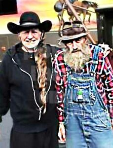 MARVIN POPCORN SUTTON & WILLIE NELSON THE JACK DANIELS OF MOONSHINE 8.5X11 PHOTO