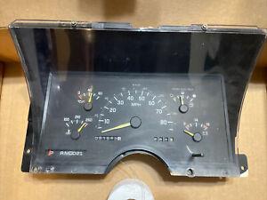 91,943 Miles DIESEL 93 94 Chevy GMC 3500 Truck Speedometer Instrument Cluster