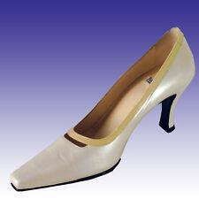 New $225 VERSANI Heels 6.5N MADE IN ITALY - bone wVanilla Trim Shoes Pumps