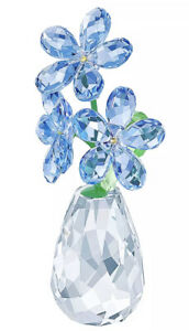 New in Box Authentic Swarovski Flower Dreams Forget-Me-Not Figurine #5254325